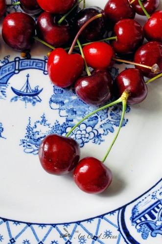 Cherries on willow pattern plate 2