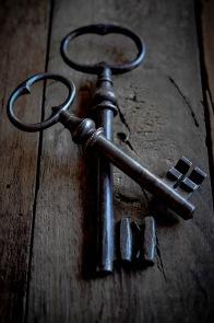 Two keys crossed