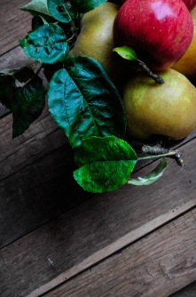 Apples baroque planter 4
