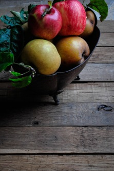 Apples baroque planter 5