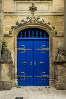 Jonzac - Château Door1