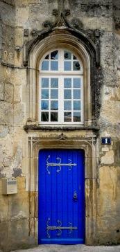 Jonzac - Château Door2