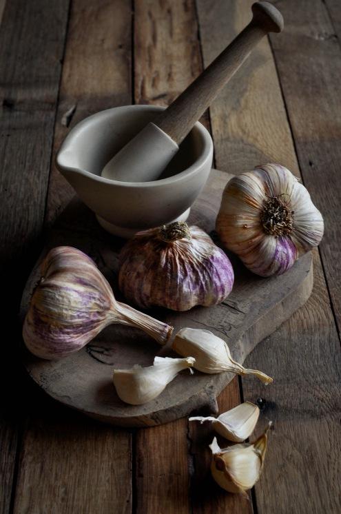 Rose Garlic and mortar1