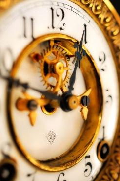 Clock face 3-001