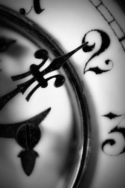 Clock face 6 mono-001
