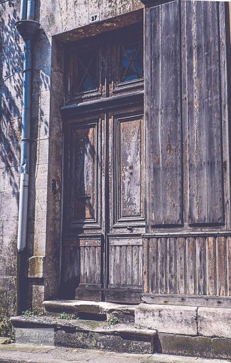 Montmoreau Doors old shop-6