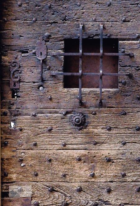 Périgueux Door detail_