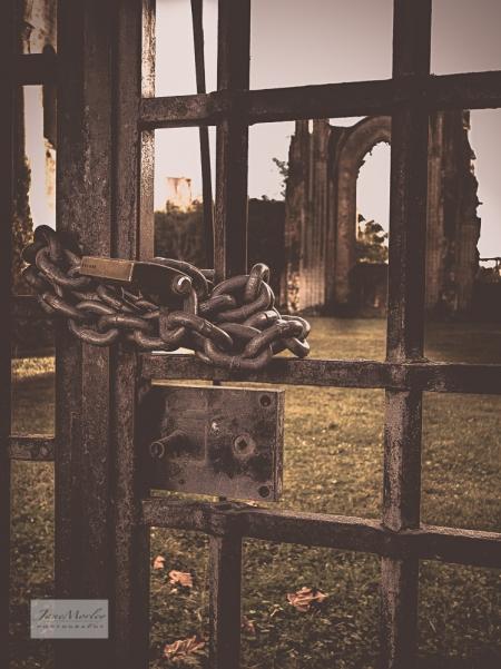 Abbey gates 3
