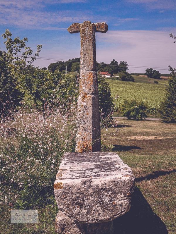 Bessac churchyard cross_-2