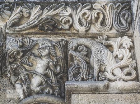 St Pierre door carving detail_