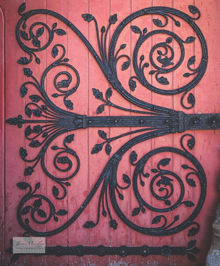 St Pierre door detail_