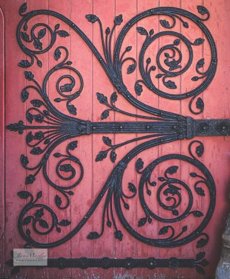 St Pierre door detail_