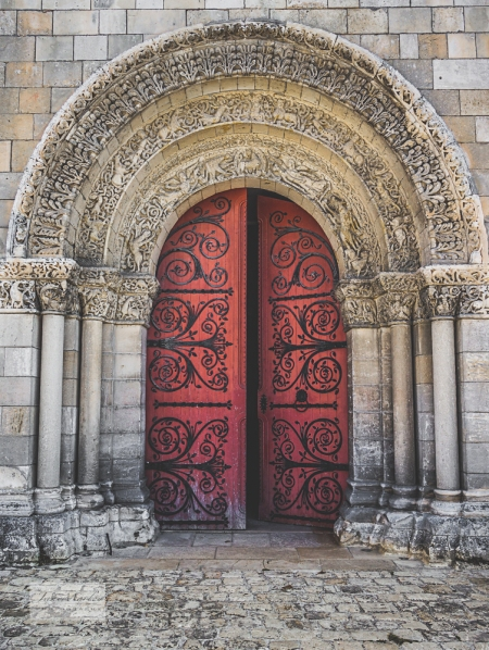 St Pierre door & pillars