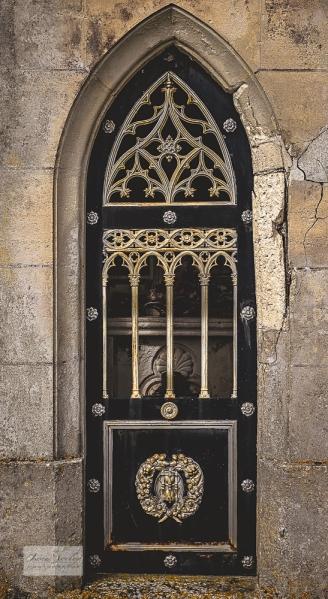 Deviat Gothic tomb Door